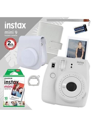 Fujifilm Instax Mini 9 Beyaz Fotoğraf Makinesi ve Hediye Seti 2 Beyaz
